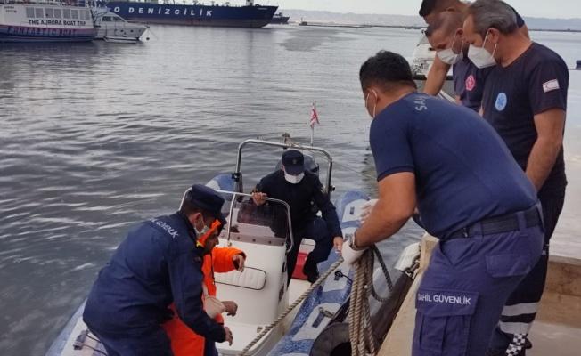 Kolu kırılan vatandaşın imdadına Sahil Güvenlik Komutanlığı ekipleri yetişti